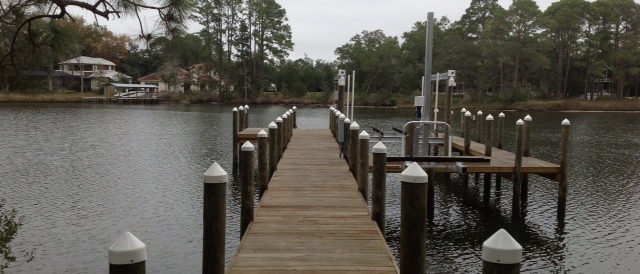 Residential Boat Dock and Boatlift